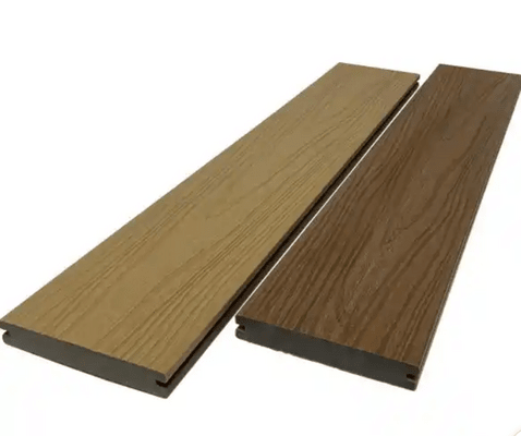 Does composite decking leach chemicals